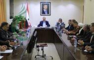 محافظ ريف دمشق يلتقي وجهاء مدينة حرستا ويبحث سبل الارتقاء بمستوى الخدمات و القضايا الإجتماعية