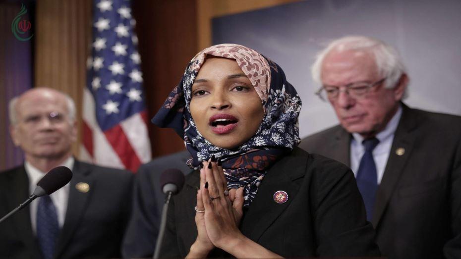 """ترامب يصف تصريحات للنائبة الاميركية المسلمة إلهان عمر عن اسرائيل بـ""""الفظيعة"""" ومجموعات يهودية تطالب بطردها من لجنة العلاقات الخارجية"""