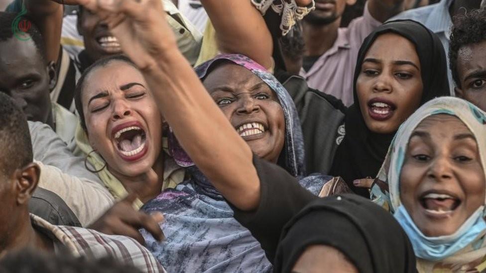 نساء سودانيات يطالبن بتقاسم أجهزة السلطة و قوى إعلان الحرية والتغيير تقود الحراك الشعبي