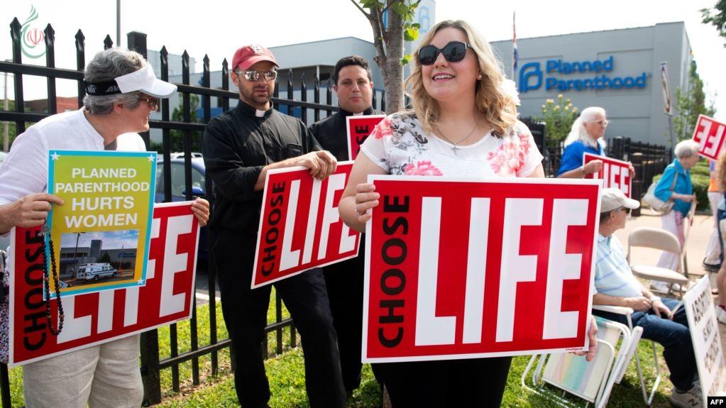 قوانين منع الإجهاض تغزو الولايات الاميركية