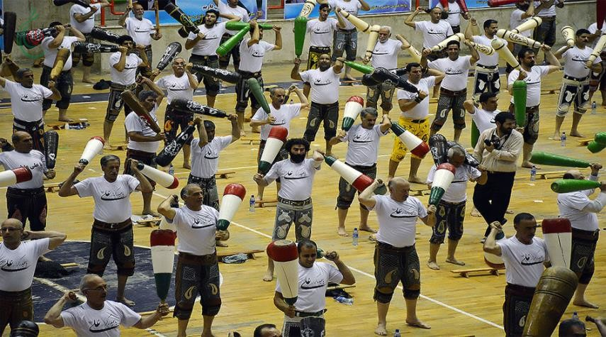 الزورخانه من أقدم الألعاب الرياصية التقليدية في إيران
