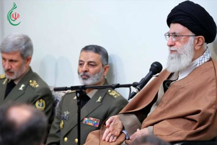 القائد الخامنئي يدعو لتعزيز القدرات كي لا يتجرأ العدو على تهديد الشعب الإيراني
