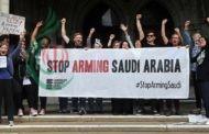 بريطانيا تعلق ترخيص تصدير السلاح إلى السعودية