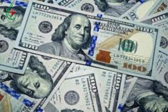 ترامب يسعى الى تخفيض قيمة الدولار الأمريكي