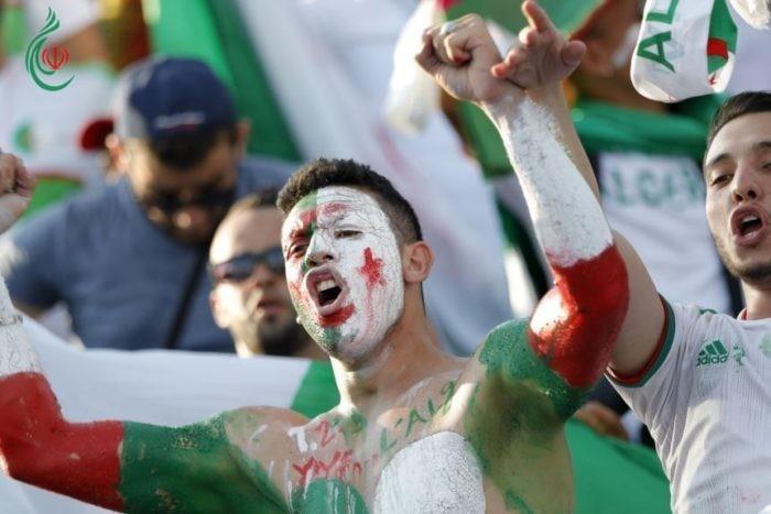 10 طائرات جزائرية لنقل المشجعين إلى مصر