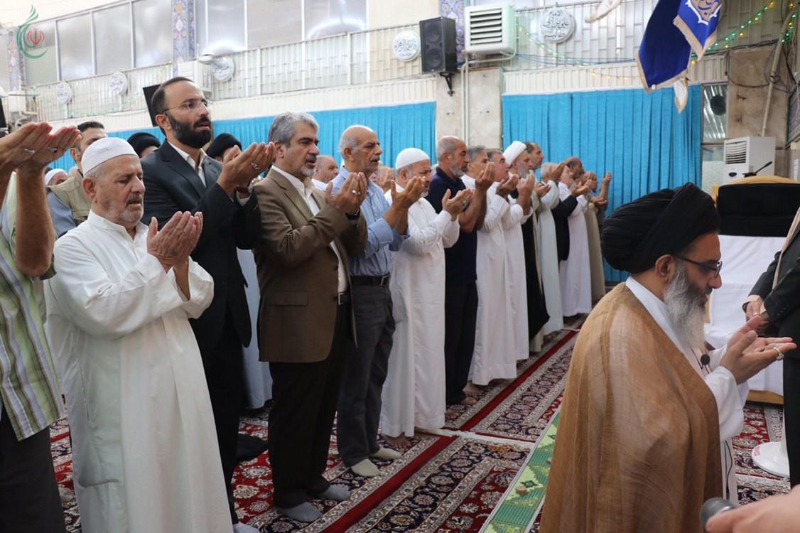 السفير الإيراني بدمشق جواد تركآبادي حفظه الله يؤدي صلاة عيد الأضحى المبارك بمقام السيدة زينب (ع)