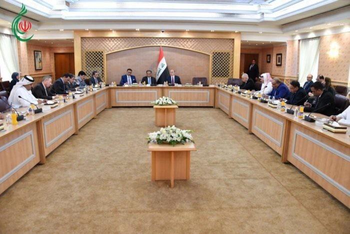 وزير الخارجيّة العراقي محمد علي الحكيم يلتقي السفراء العرب المُعتمدين لدى بغداد ويؤكد على ضرورة قيام حوار سوريّ_سوريّ لإنهاء الأزمة القائمة