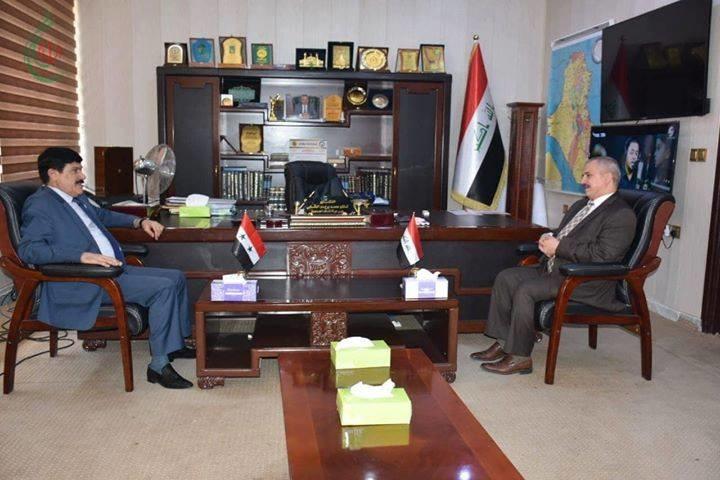 سفير سورية لدى العراق يبحث والعقابي أخر المستجدات والإجراءات المتخذه لإفتتاح معبر البوكمال الحدودي خلال الأيام المقبلة