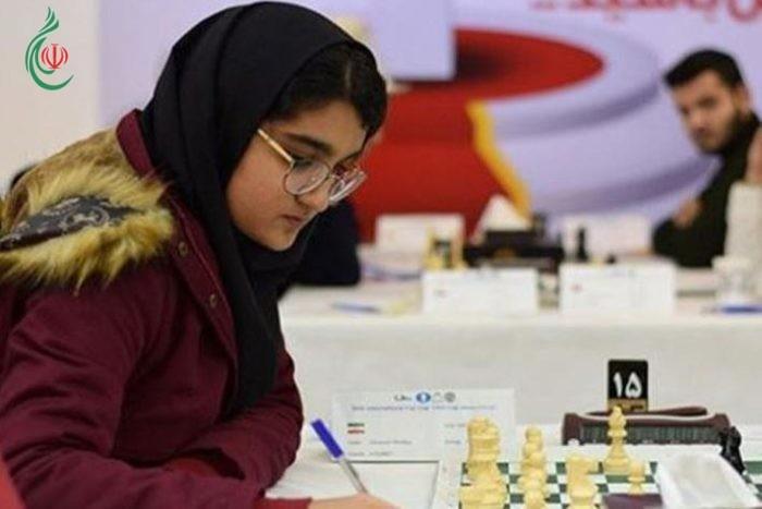ايرانية تتصدر ترتيب بطولة العالم للشطرنج