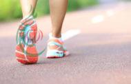 المشي 15 دقيقة يومياً يمنح العالم 100 مليار دولار