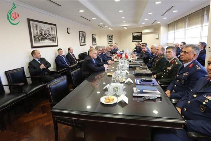لقاء تركي وروسي بحث تطورات إدلب و ضمان الهدوء ودفع العملية السياسية في سورية