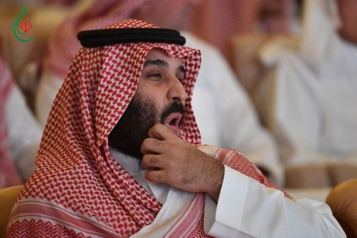 فايننشال تايمز : الطاغية السعودي يدبر انقلاب قصر وحرب أسعار للنفط بتداعيات خطيرة