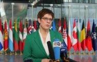 وزيرة الدفاع الألمانية تدعو أمريكا و الاتحاد الأوروبي للضغط على الرئيس بشار الأسد و روسيا