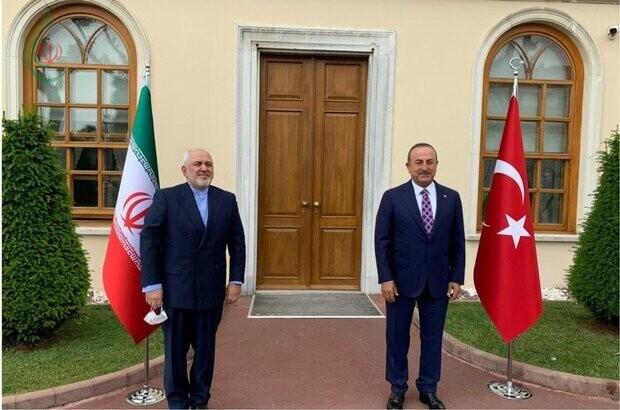 وزير الخارجية محمد جواد ظريف محادثاتي مع صديقي التركي مثمرة وناقشنا القضايا الإقليمية والعالمية