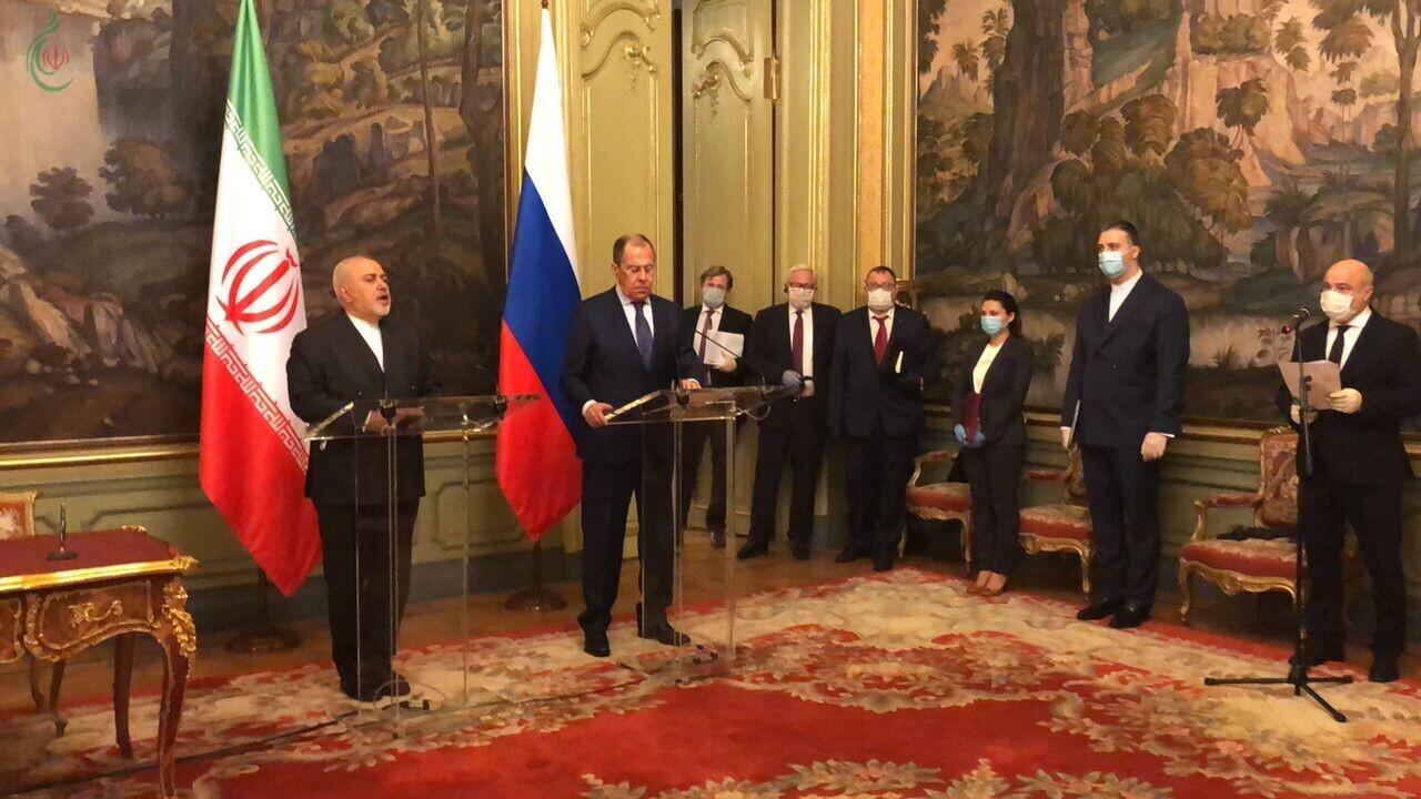 ظريف ولافروف : لن نسمح باستخدام مجلس الأمن والوكالة الذرية أداة للقضاء على الاتفاق النووي