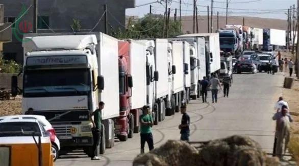 100 شاحنة سورية محملة بالخضار والفواكه عادت أدراجها من الأراضي الأردنية