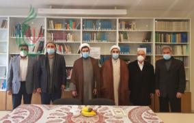 حجة الإسلام والمسلمين الدكتور محمد هادي مفتح يلتقي الهيئة الإدارية لمركز السيدة فاطمة الزهراء عليها السلام