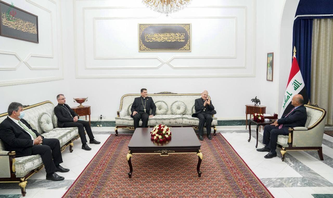الرئيس صالح خلال لقائه الكاردينال روفائيل الأول ساكو : يجب أن نتلاقى ونتحاور وننبذ الخلافات استنادا على مصلحة العراقيين العليا