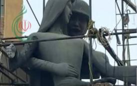 تمثال لجندي يتحرش بسيدة مصرية يحظى باهتمام عالمي