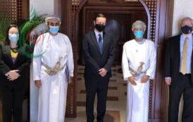 تزامناً مع زيارة وزير الخارجية السعودي .. المبعوثان الأمريكي والأممي لليمن يصلان إلى مسقط