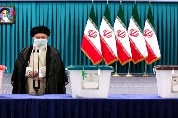 السيد قائد الثورة الإسلامية : يوم الانتخابات هو يوم الشعب الإيراني