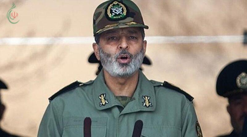 قائد الجيش الايراني اللواء عبد الرحيم موسوي يتفقد الوحدات العسكرية في الحدود مع أفغانستان