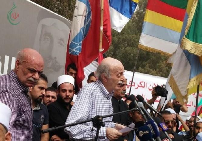 جنبلاط يحذر أهالي جبل العرب في سورية من الإنزلاق إلى الإقتتال وإلى ونبذ الفتنة