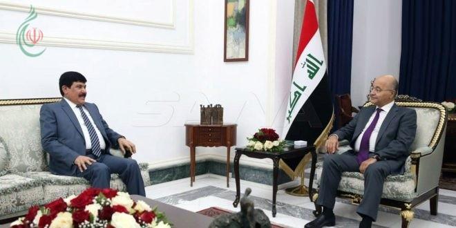 الرئيس العراقي يبحث مع السفير الدندح العلاقات الثنائية ويؤكد أن استقرار المنطقة مرتبط باستقرار العراق وسورية